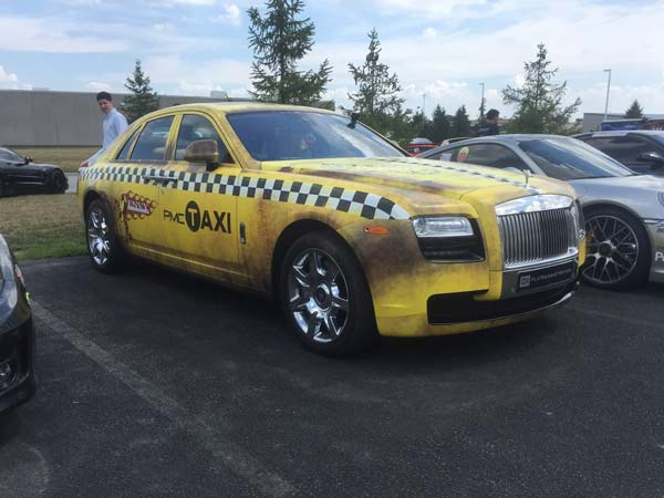 rolls-royce ghost yellow taxi
