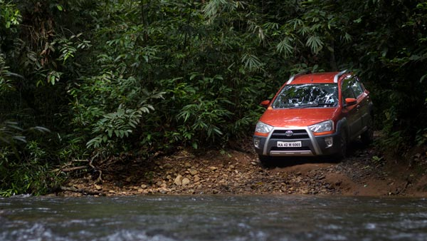 toyota etios cross review off-road