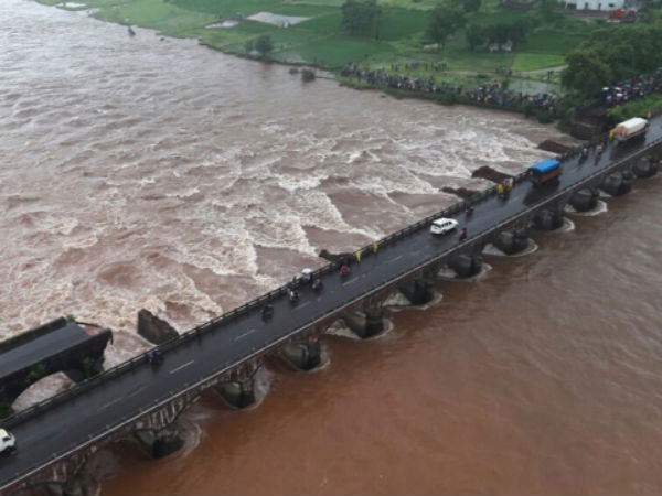 mumbai-goa highway bridge collapse