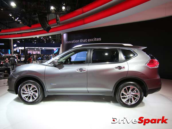 India's First Hybrid SUV Nissan X-Trail Launch Revealed