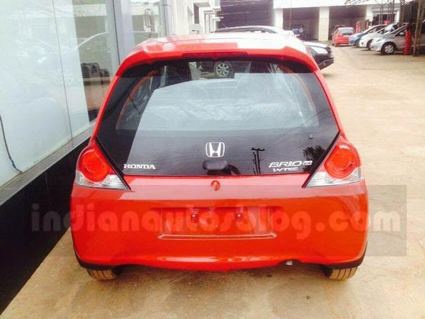 Spotted: Honda Brio Facelift Reaches Indian Dealerships