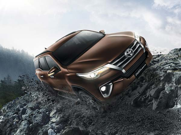 New Toyota Fortuner Launching In India By November