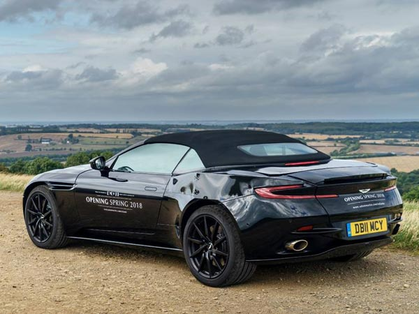 Aston Martin to Launch DB11 Volante Before Spring 2018