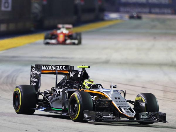 Rosberg Wins His Very First Singapore GP With Ease