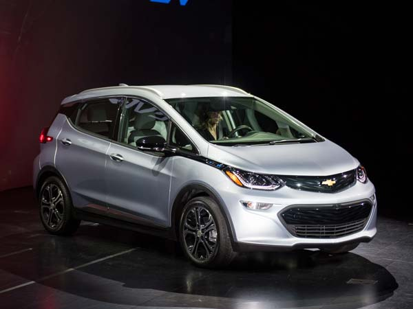 GM Reveals Bolt All-Electric Car Price; Expensive Than Tesla Model 3