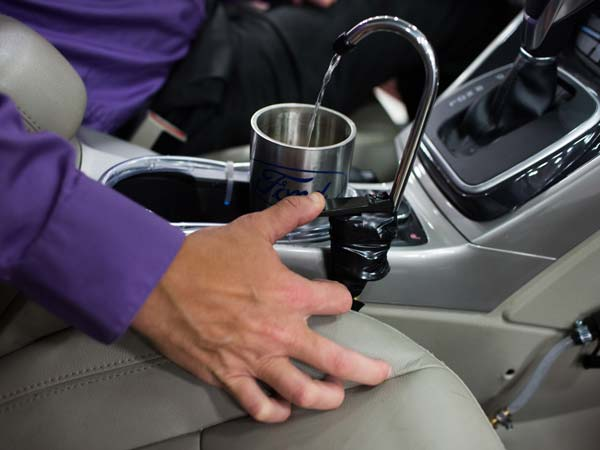 Ford Engineer Develops Drinking Water From The Car Air-Conditioning System