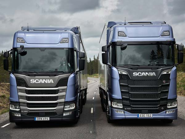 Four Wheelers Cars >> Scania R And S Named Truck Of The Year 2017 - DriveSpark News