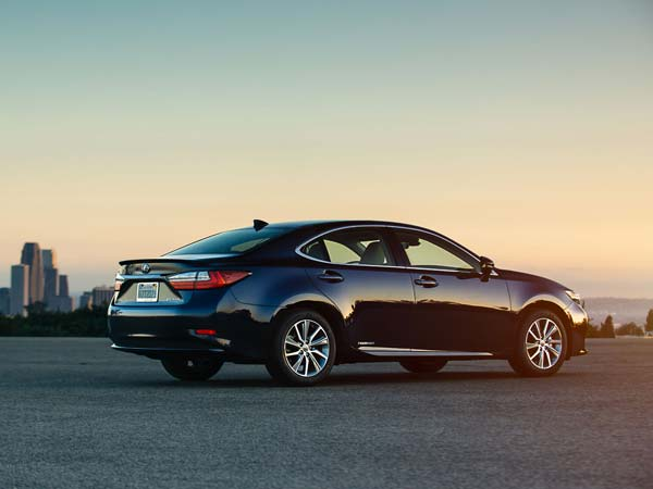 Lexus To Assemble Cars Locally In India