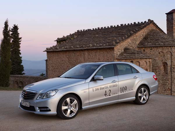 Mercedes-Benz Planning Hybrid Battery Factory In Thailand