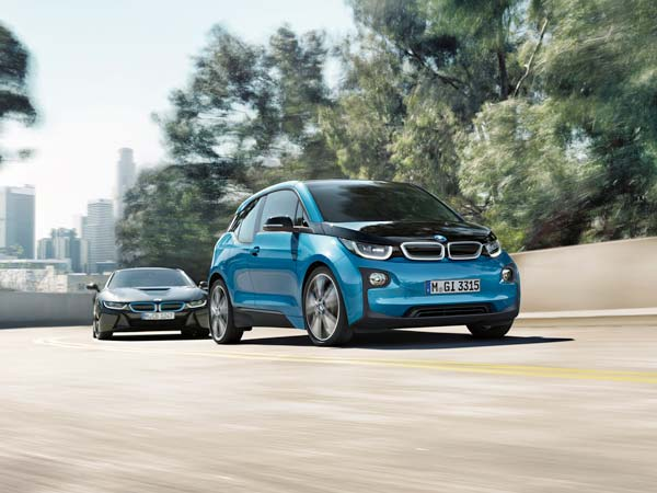 BMW's Ingenious Method Of Recycling Old Electric Car Batteries