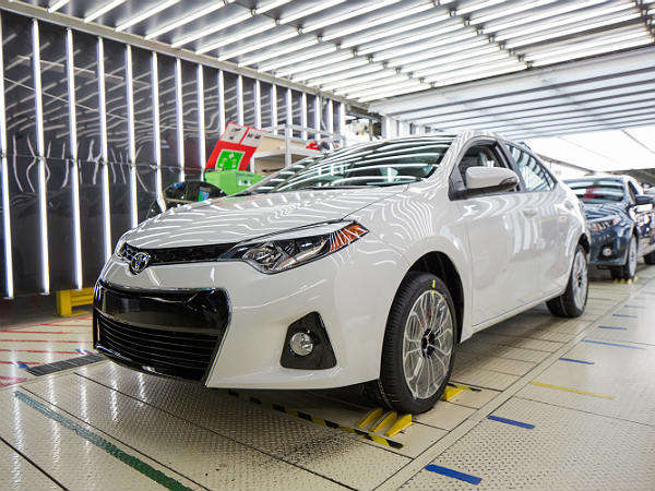 World's Largest Automaker 2016: Toyota Slightly Ahead In The Race With Volkswagen