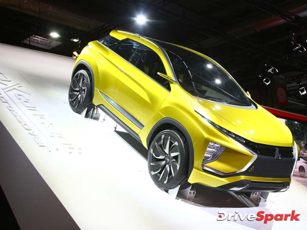 2016 Paris Motor Show: Mitsubishi Premiers The eX Concept To The World