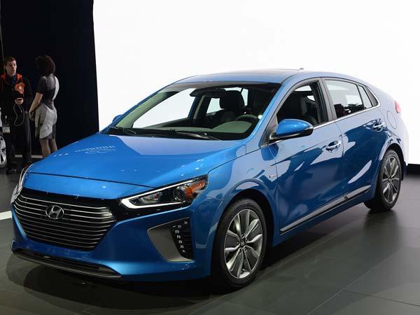 Hyundai Ioniq To Be a Prius Fighter