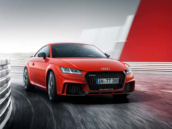 audi tt rs to be launched this november drivespark. Black Bedroom Furniture Sets. Home Design Ideas