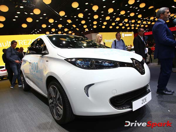 2016 Paris Motor Show: Renault Zoe Facelift Arrives With Massive Range Upgrade