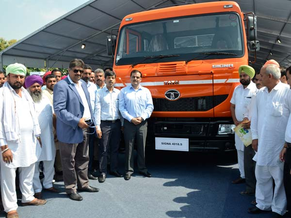 tata motors launches signa commercial vehicles