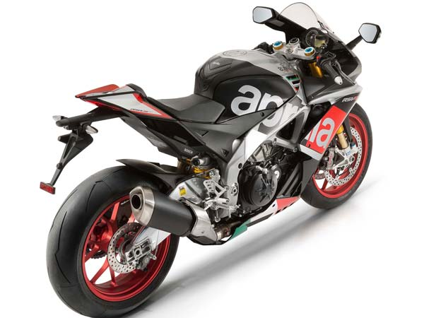 Updated RSV4 RF And Tuono V4 1100 From Aprilia For 2017