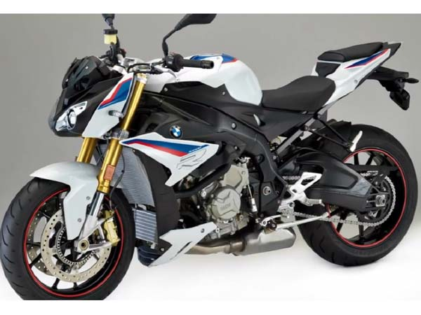 2016 Intermot Motorcycle Show: BMW S1000R Unveiled