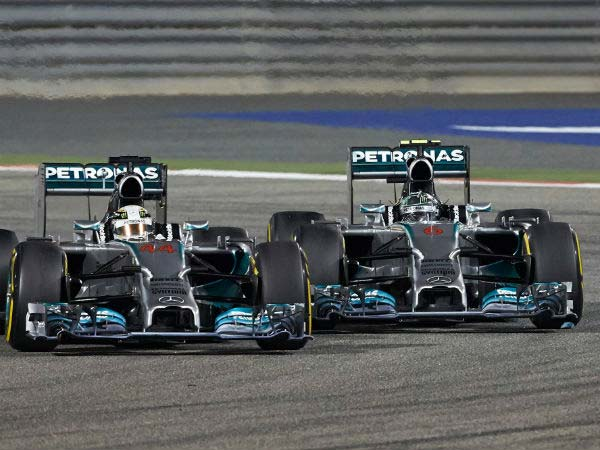 Mercedes-Benz Signs A Very Special Racing Contract