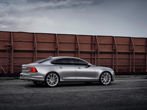 Volvo's Cars To Talk To Each Other — Relationship Goals!