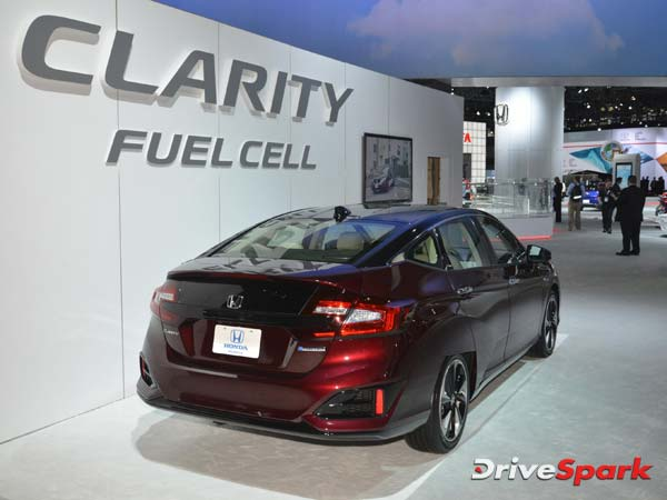 Honda To Launch Hydrogen-Powered Clarity Soon
