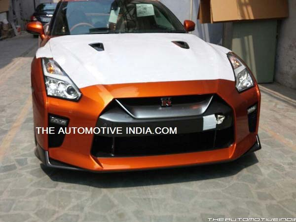 Nissan GT-R Supercar Spotted At Indian Dealership