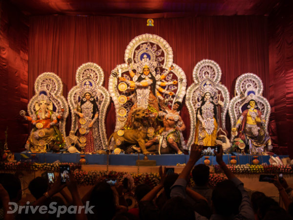 Here #WeGo Exploring The Charms And Delights Of Kolkata On #Durga Puja — Part 1