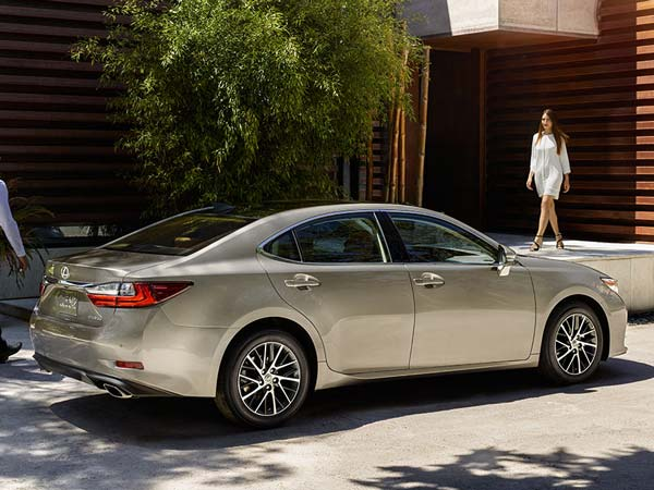 Lexus To Enter Indian Market With Three Models By This Year End