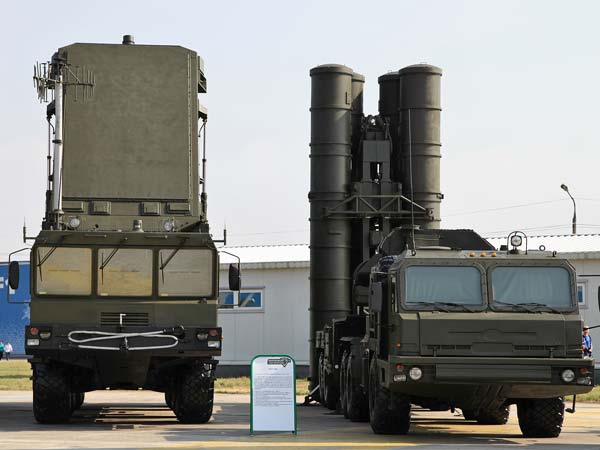 India's S-400 Triumf Deal With Russia — Why Enemies Should Fear This Missile System?