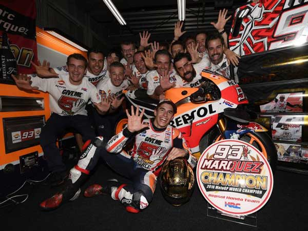 Marquez Pressurises Rossi & Lorenzo In Making Errors