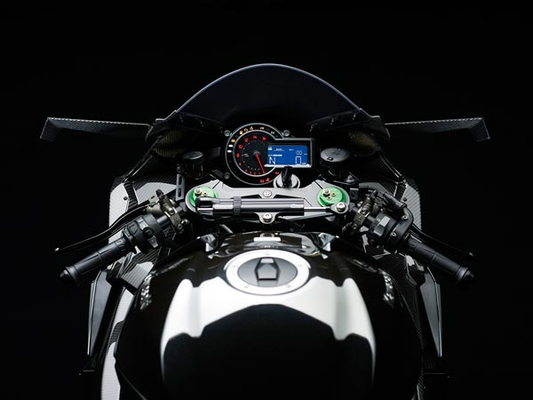 Kawasaki Launch The Updated Ninja H2, H2R, And The H2 Carbon In India