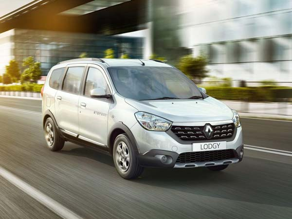 Renault Lodgy RxZ Silently Discontinued In India