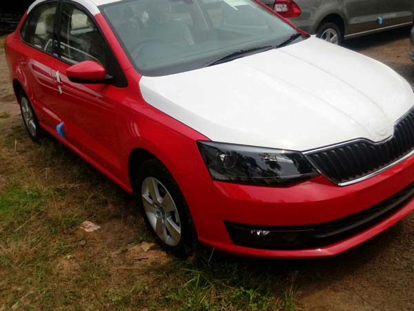 Spotted 2017 Skoda Rapid Facelift Drivespark News