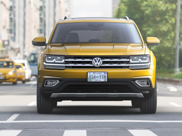 2018 Volkswagen Atlas Crossover Unveiled — Massive Is An Understatement!