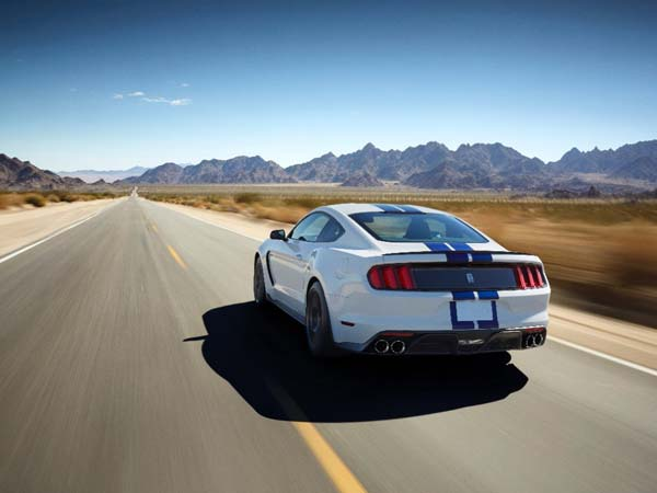 Ford Mustang GT350 Recalled Over Oil Leakage Issue