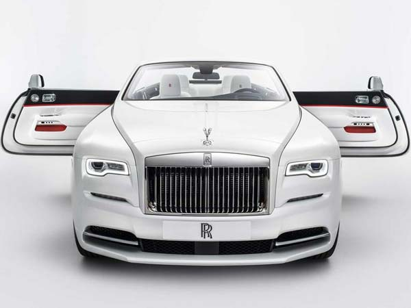 Rolls Royce Reveals Haute Couture Inspired Dawn