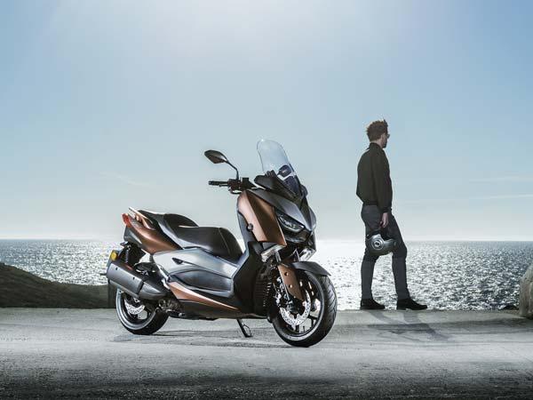 Yamaha Unveils X-300 Maxi Scooter