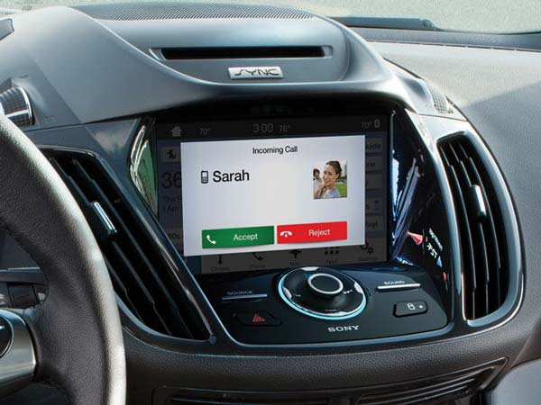 Ford & Blackberry Sign Deal To Work On Cars Of The Future