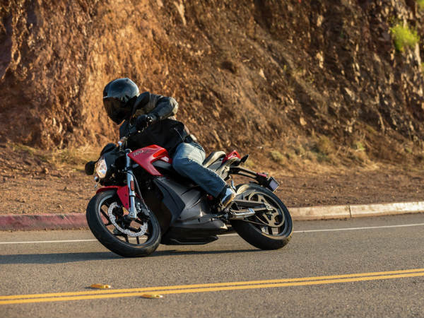 Zero Motorcycles To Unveil 2016 Lineup Of Electric Motorcycles
