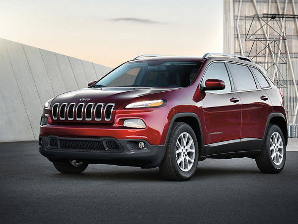 2017 Jeep Cherokee Recalled Over Knee Airbag Issues