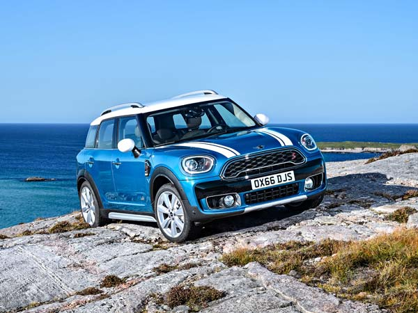 Mini Working On Countryman Based Suv Coupe Drivespark News