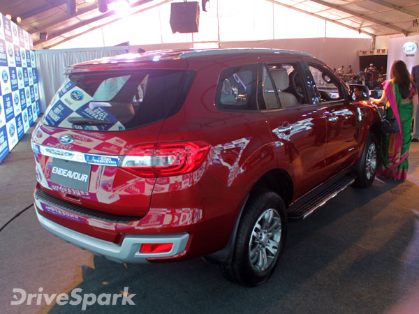 Comparison New Ford Endeavour Vs The New Toyota Fortuner Drivespark