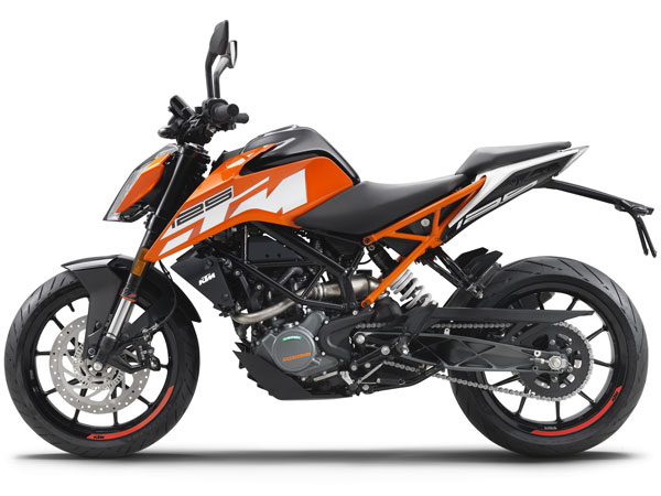 2016 EICMA Motorcycle Show: KTM Duke 125 Is A Perfect Pocket Rocket