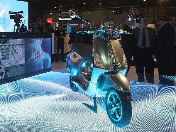 2016 EICMA Motor Show: Vespa Elettrica Project Scooter Has Been Unveiled