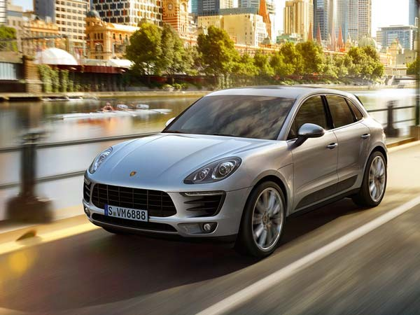 Porsche To Launch Macan R4 In India on November 15, 2016