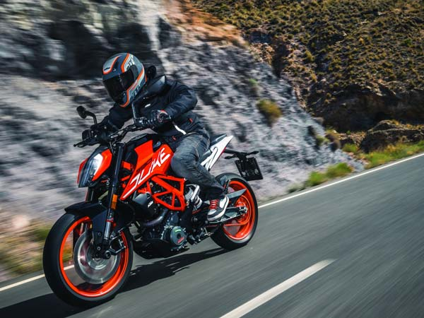KTM Duke: Old vs New — Here's What You Should Know