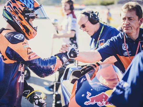 KTM RC16 Faces Issues At 2016 Valencia MotoGP Outing