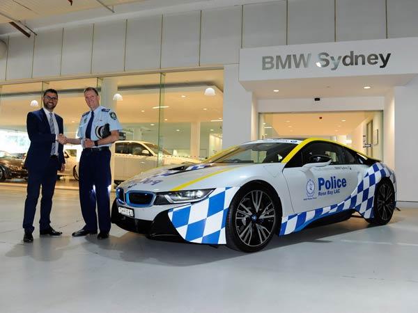 Australian Police Buy Bmw I8 Hybrid Car Drivespark News