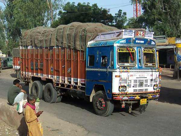 Study Reveals A Shocking Fact About Car Drivers And Truckers In India