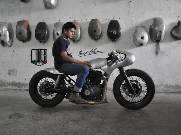 This Royal Enfield Himalayan Is A Perfect Salt Racer